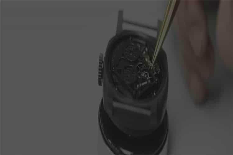 天梭手表维修手表洗油